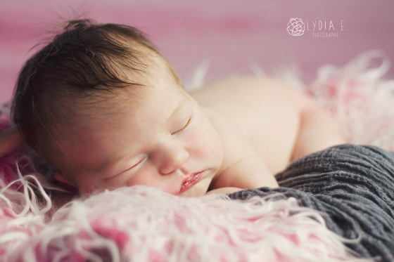 Azalle-Newborn in pink7_BLOG